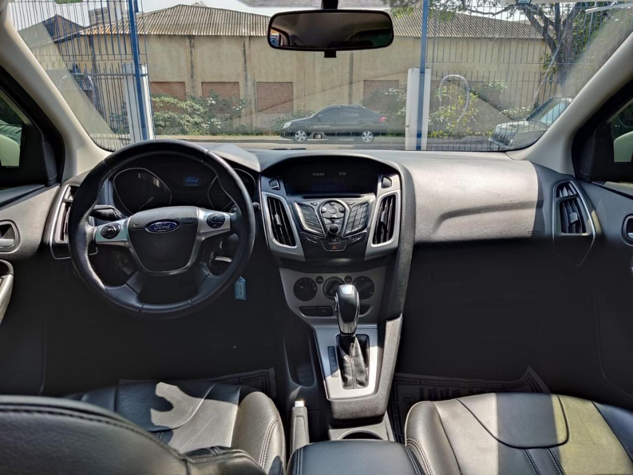 Focus Hatch 1.6 16V 4P FLEX SE POWERSHIFT AUTOMÁTICO